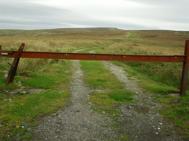 Access track below Boulsworth