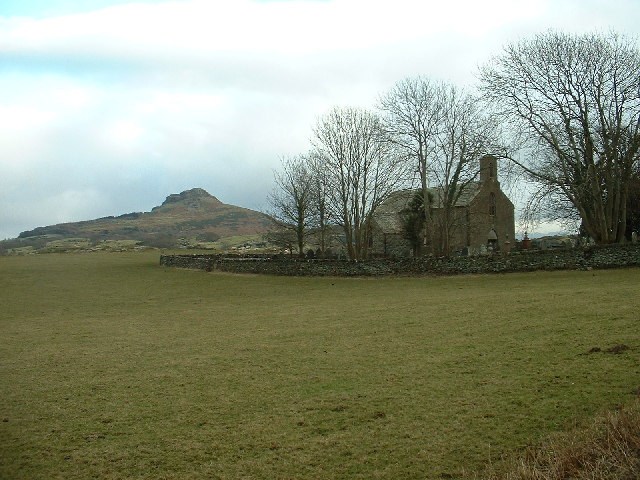 Ynyscynhaearn Church near Pentrefelin