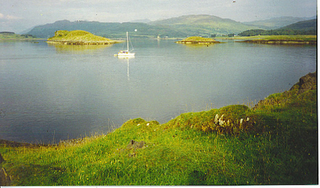 A Yacht Going Round the North Tip of Lismore.