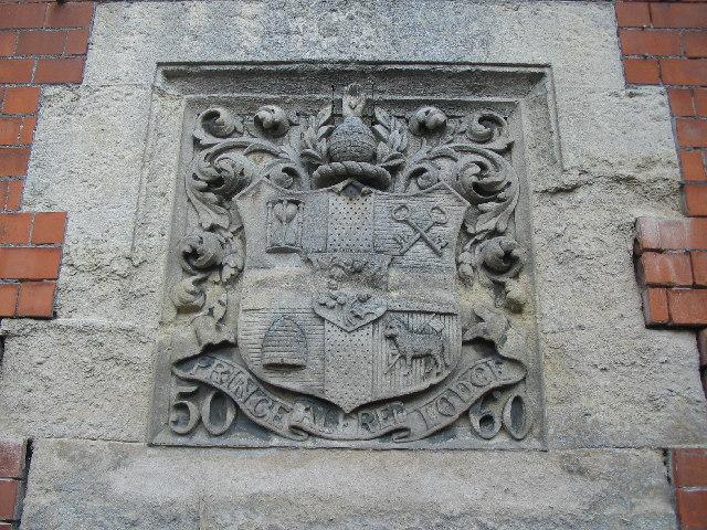 Oddfellows Hall crest