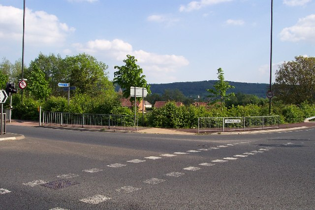Junction of A419 and Downton Road