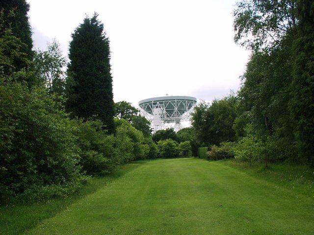 Granada Arboretum and Jodrell Bank Radio Telescope