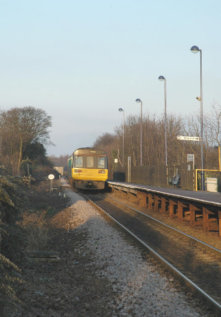 Silkstone Common station