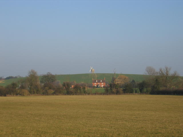 View towards Windmill Hill Farm and Chesterton Windmill