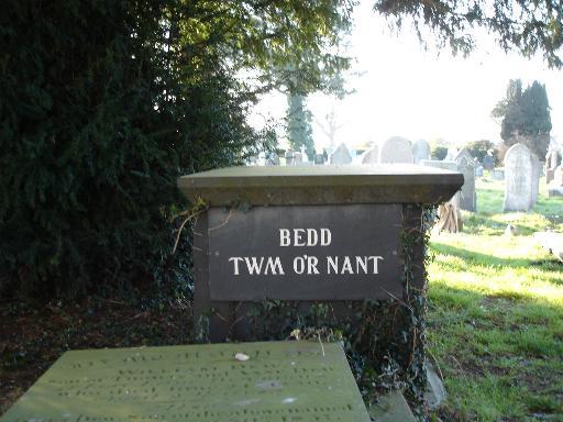 Bedd Twm o'r Nant