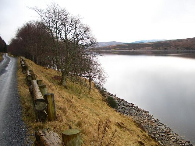 Track alongside Loch Ericht