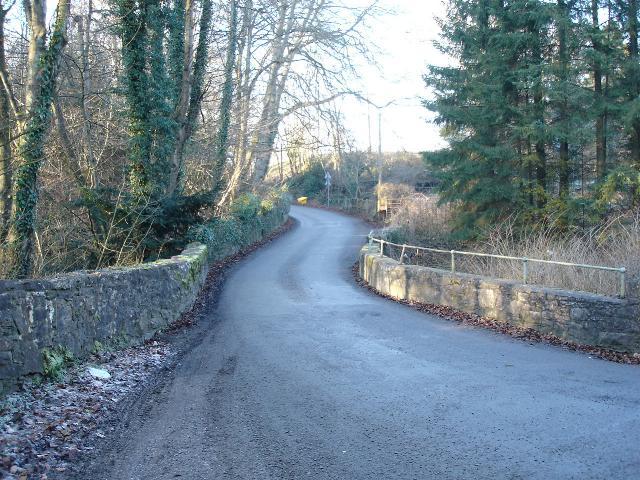 Roadbridge near Henllan