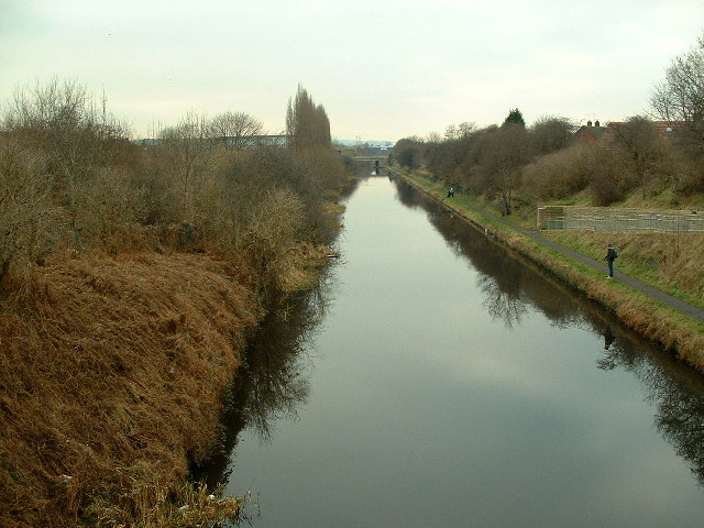 Calder & Hebble Navigation Canal, Thornhill Lees