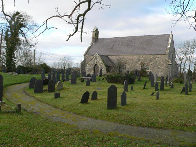 Eglwys St. Llwydian, Heneglwys.