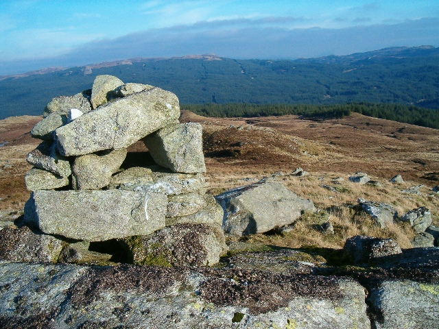 Small cairn and view north towards Eredine Forest