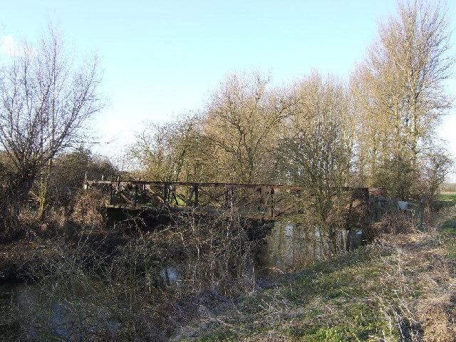 Old bridge across Thame near Chippinghurst Manor