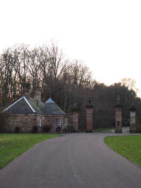 Pollok Country Park Gatehouse from Dumbreck Road