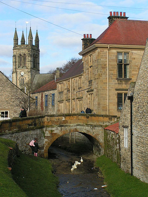 Feeding the ducks, Helmsley