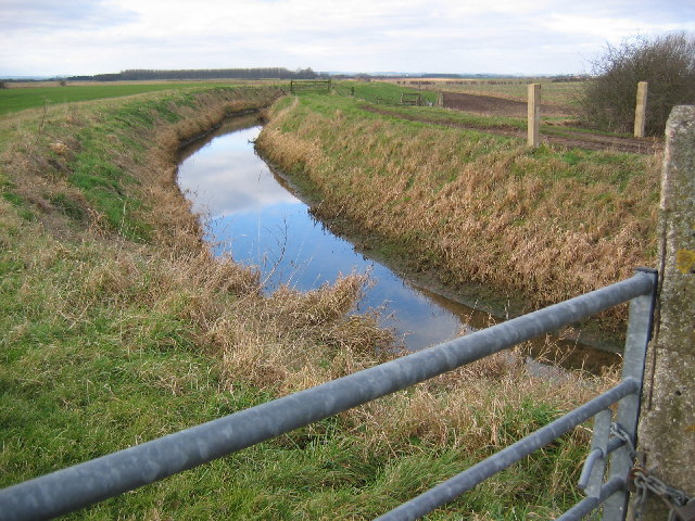 Near Hempholme Pumping Station