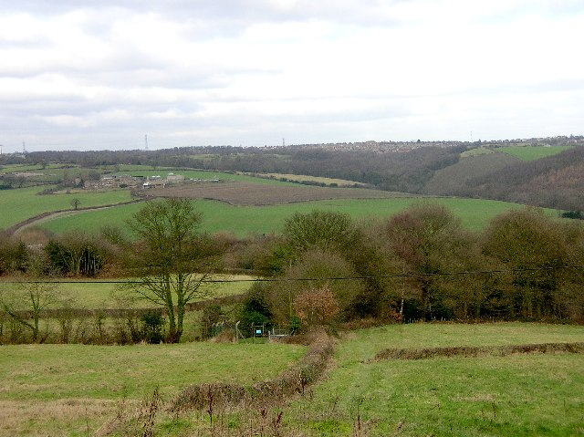 Ridgeway Village seen from Troway (NE Derbyshire)