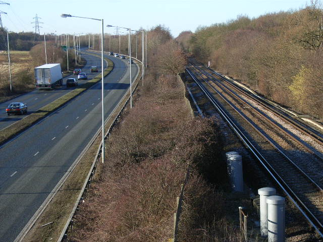 The A329 and the railway, Bracknell