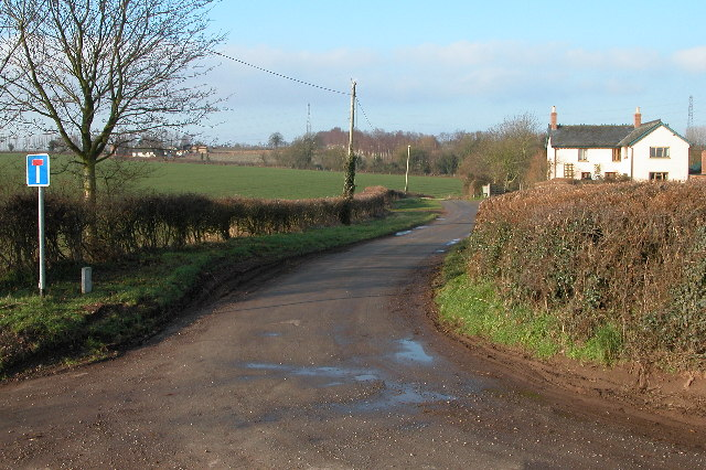 No Through Road leading to Minnett Farm, Peterstow