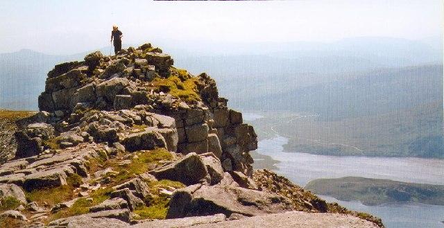 The narrow quartzite ridge leading to the main top of Arkle