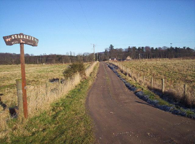 Track to Stankeye Lodge
