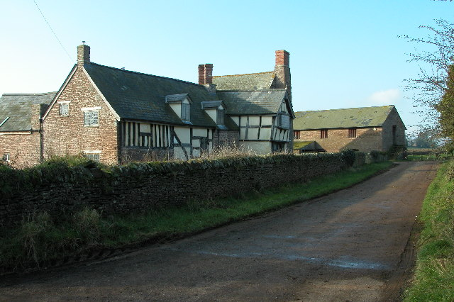 Ruxton Court Farm, Ruxton Green