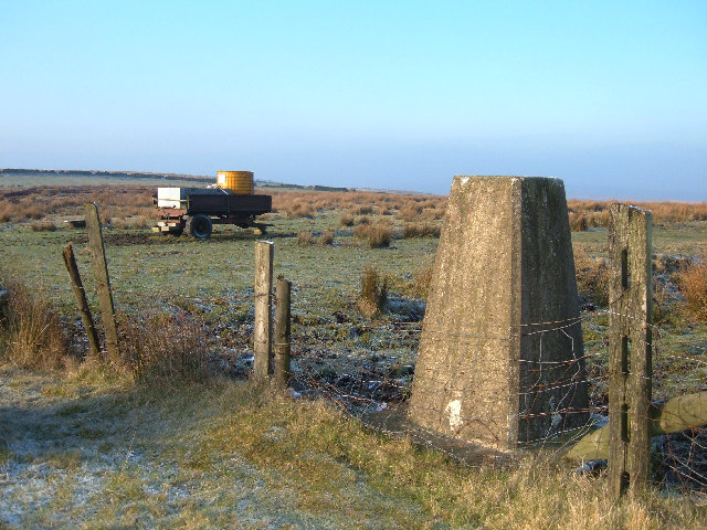 Triangulation Pillar, Small Shaw Height, 409 m