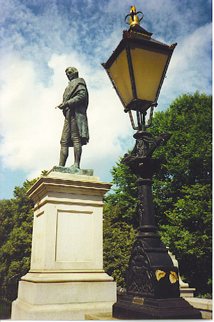 Burns Statue, Union Terrace, Aberdeen.
