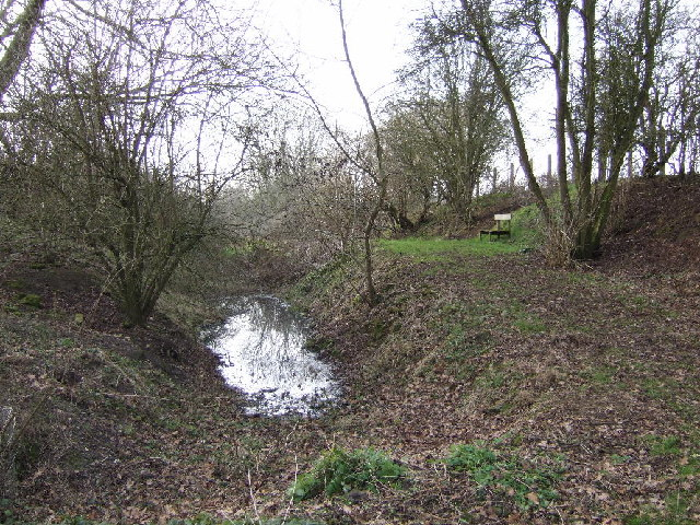 Former railway cutting near junction of A40 and A418