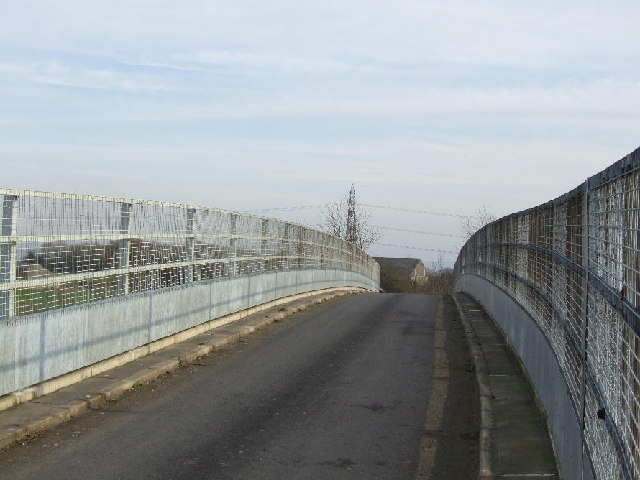 Oxfordshire Way Crossing M40