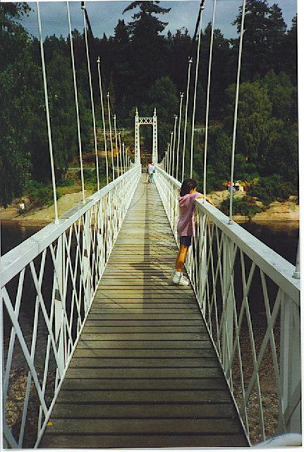 Cambus o' May - Suspension Bridge.