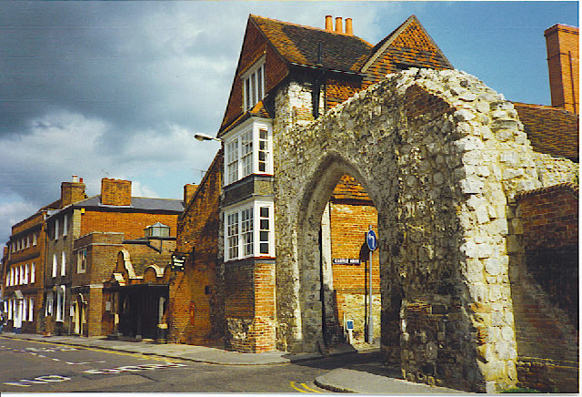 Guildford Museum and Castle Arch.