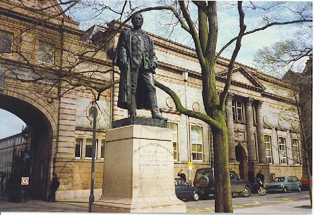 Gordon's Statue, Schoolhill