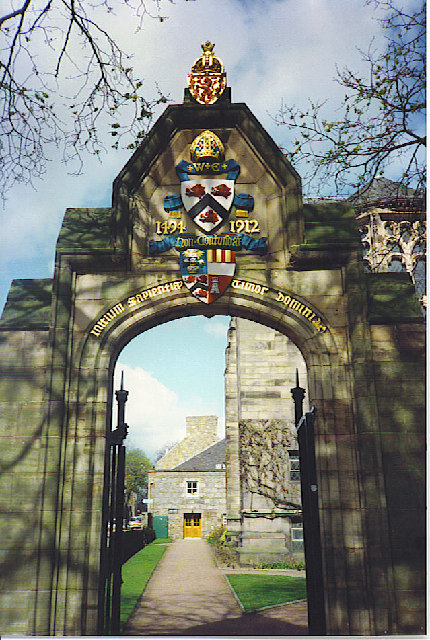 University Arch with Elphinstone Coat-of-Arms.