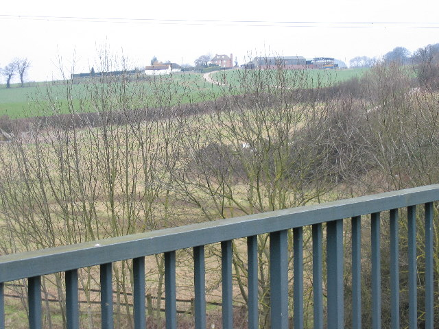 Zoons Court Farm from bridge over A417
