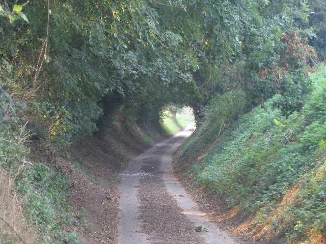 Easthill Lane looking towards Kirby Bedon