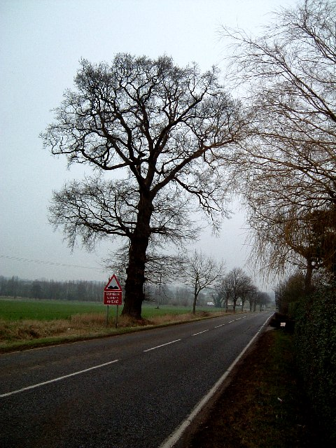 Maulden Road past Ruxox House, Flitwick