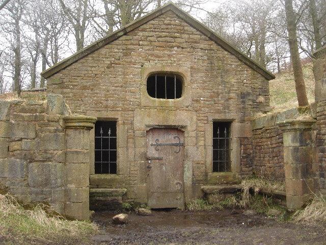 The Well House, Hollinshead Hall ruins