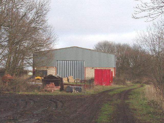 Barn by Cowcroft Woods, Botley