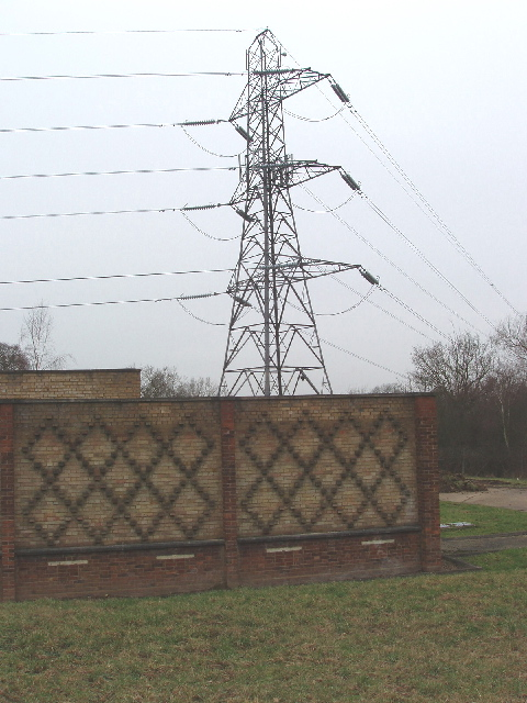 Electricity supply building and pylon