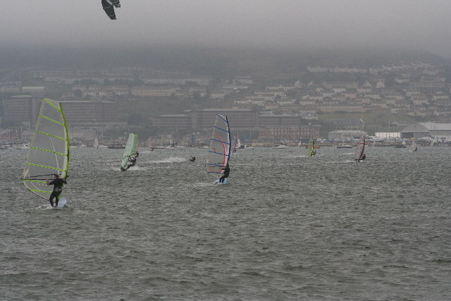Windsurfers & Kitesurfers in Portland Harbour