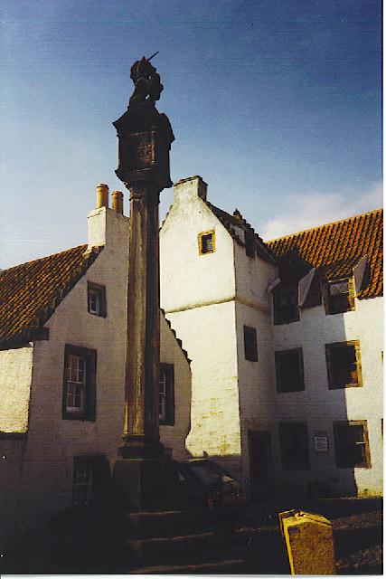 Mercat Cross and The Study, Culross