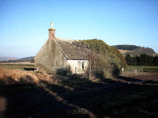 Derelict Cottage, Lownie Muir, Forfar