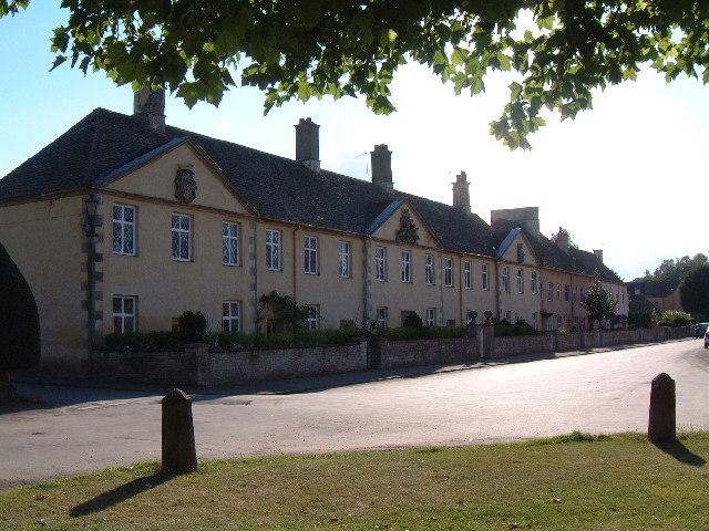 Badminton Village