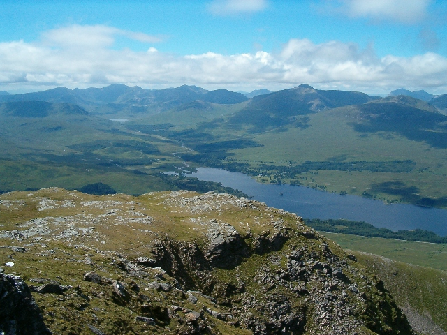 View west from the western summit of Beinn an Dothaidh