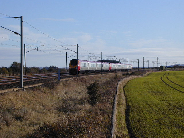 Down train on ECML at Fenham Footpath LC