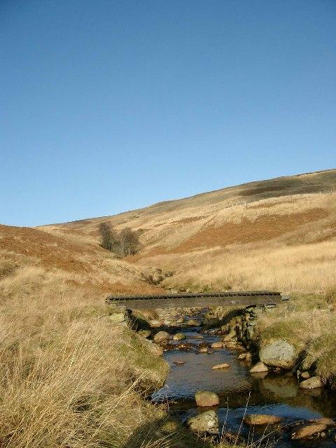 Footbridge over a tributary of the Allt an Dubh Choirein