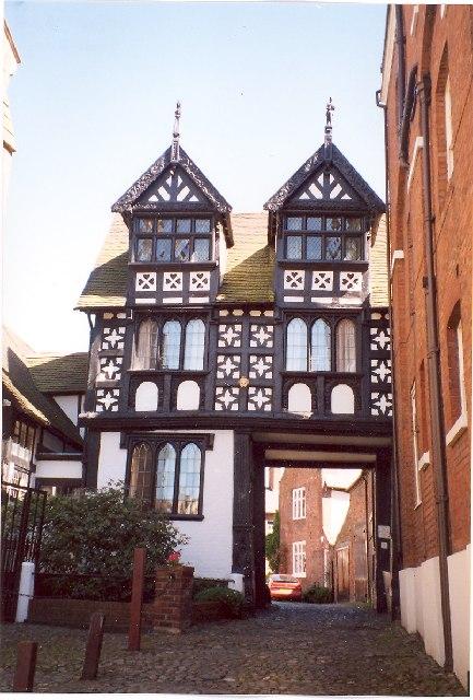 Council House Gateway, Castle Street, Shrewsbury