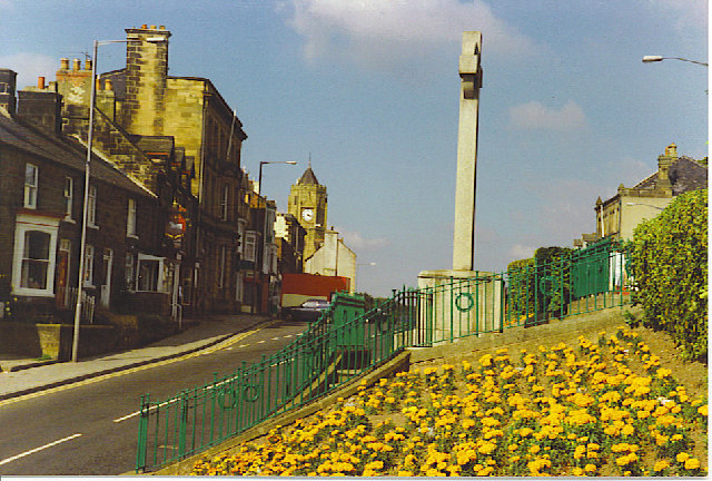 Loftus, Main Street and War Memorial.