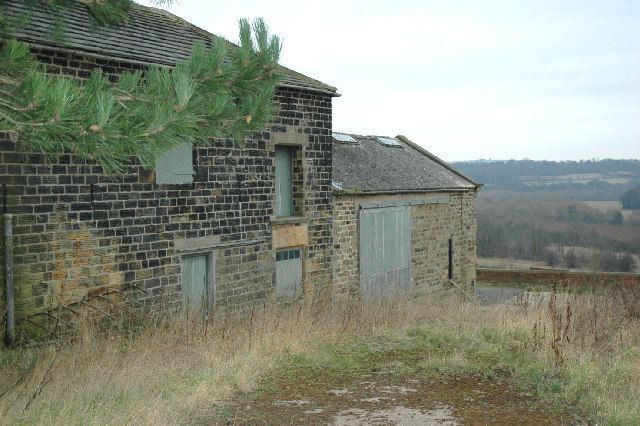 Old farm buildings at Hound Hill