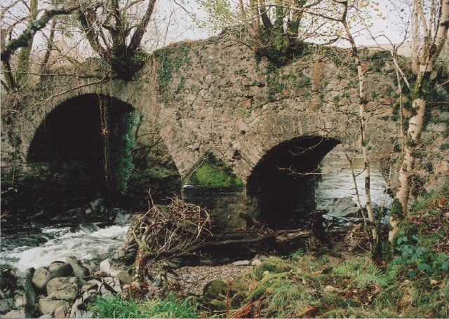 Inverlochy, Old Bridge