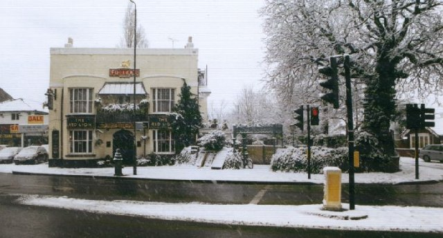 Red Lion, Barnes, under snow